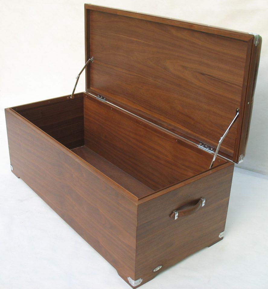 coffre en noyer noir assise cuir auckland. Black Bedroom Furniture Sets. Home Design Ideas