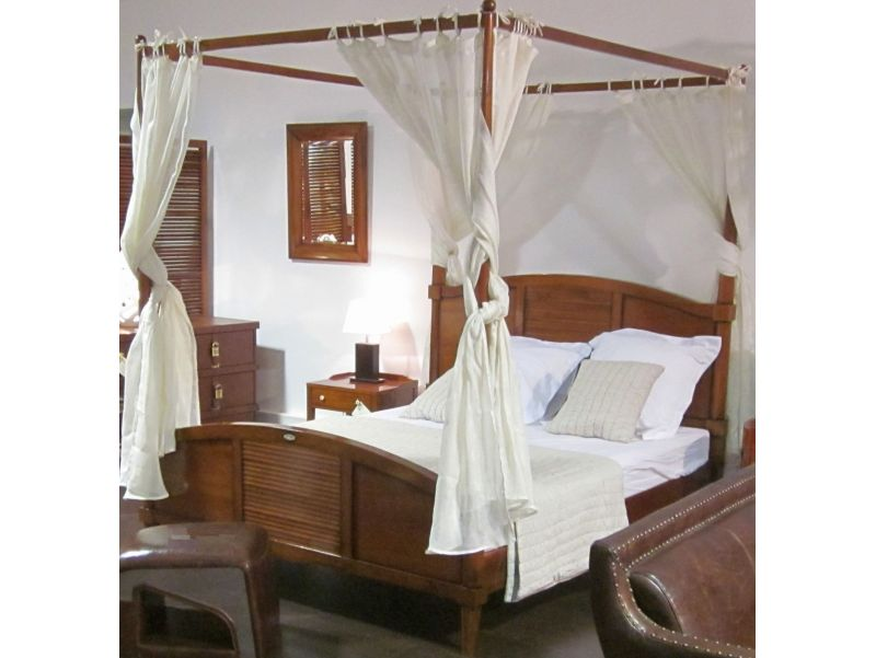 Four-poster bed  King size 180 cm - MADAGASCAR