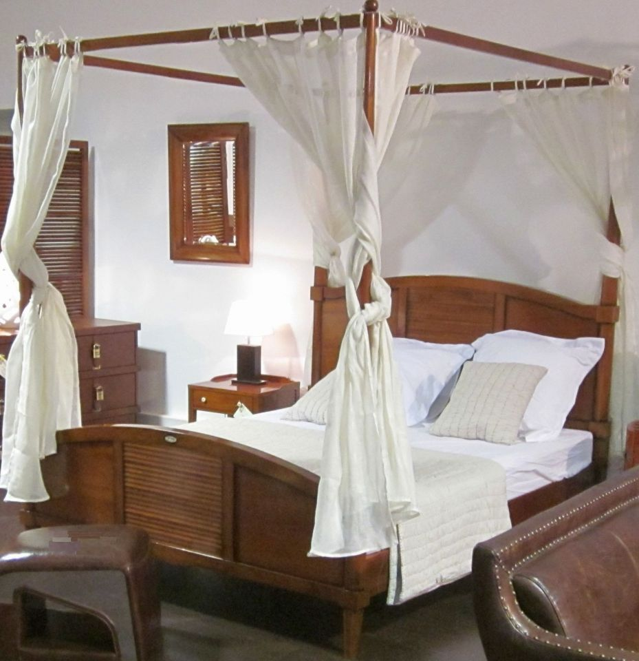 Four Poster Bed King Size 180 Cm Madagascar