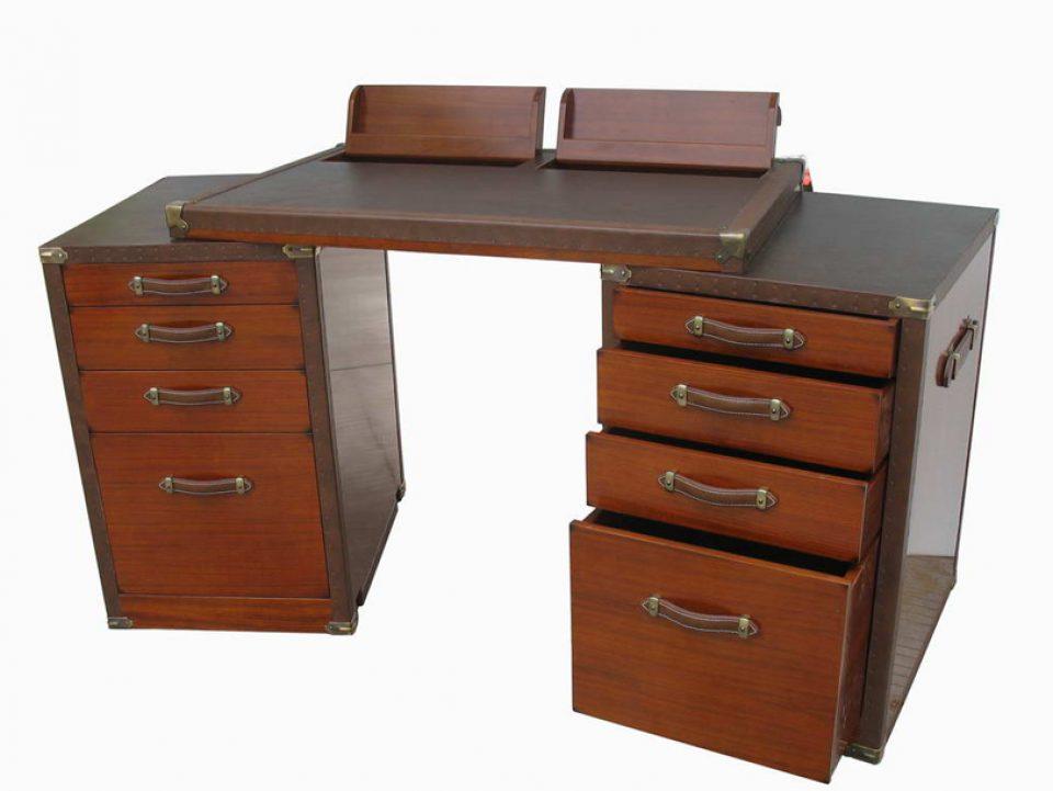 Montenegro rosewood finish desk for Garde meuble 93