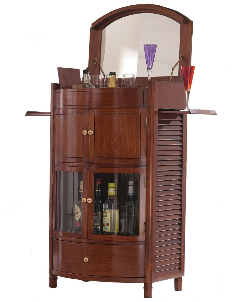 bar un miroir quatre portes et un tiroir cuba. Black Bedroom Furniture Sets. Home Design Ideas
