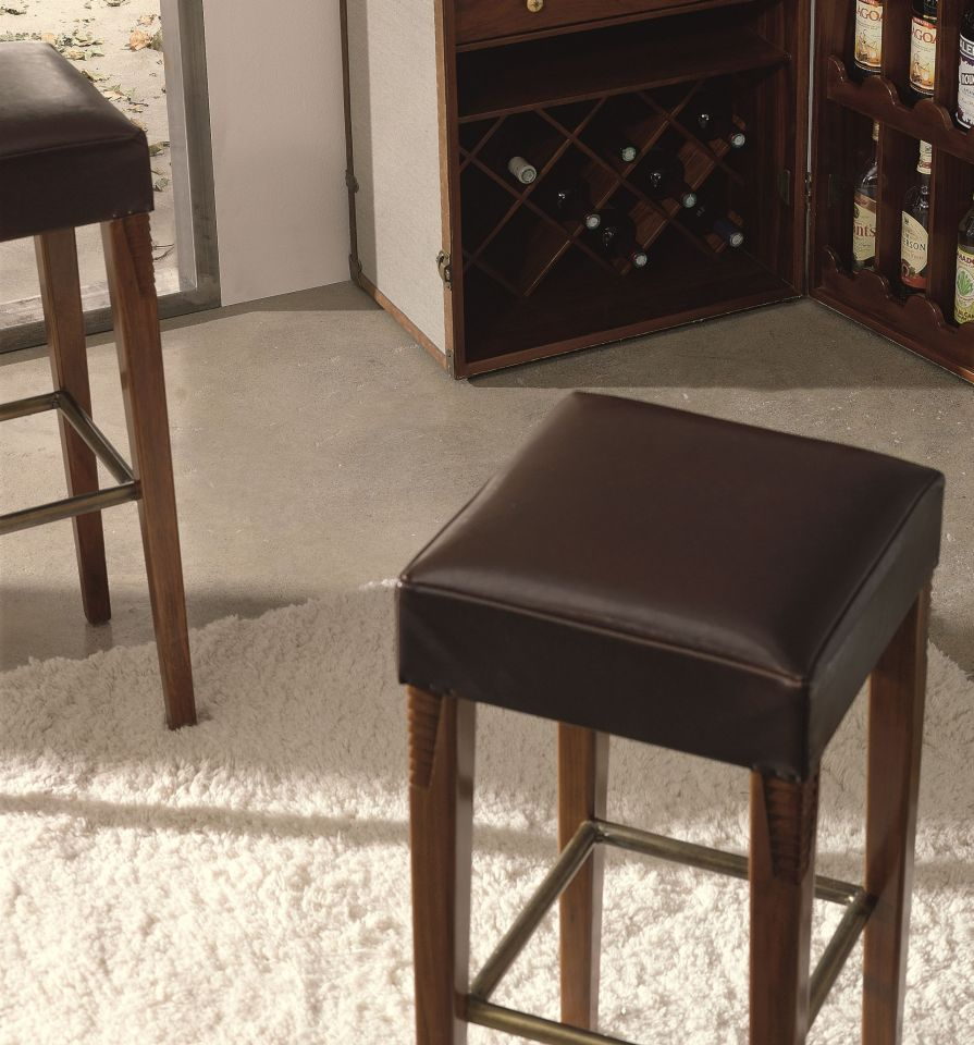tabouret de bar bois et cuir zambra. Black Bedroom Furniture Sets. Home Design Ideas