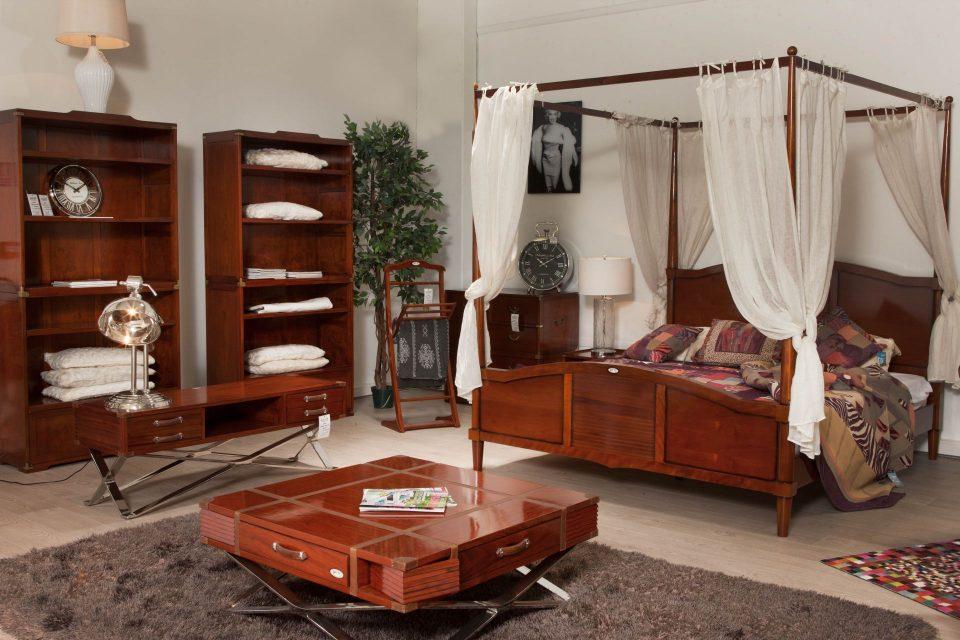 paris sud. Black Bedroom Furniture Sets. Home Design Ideas